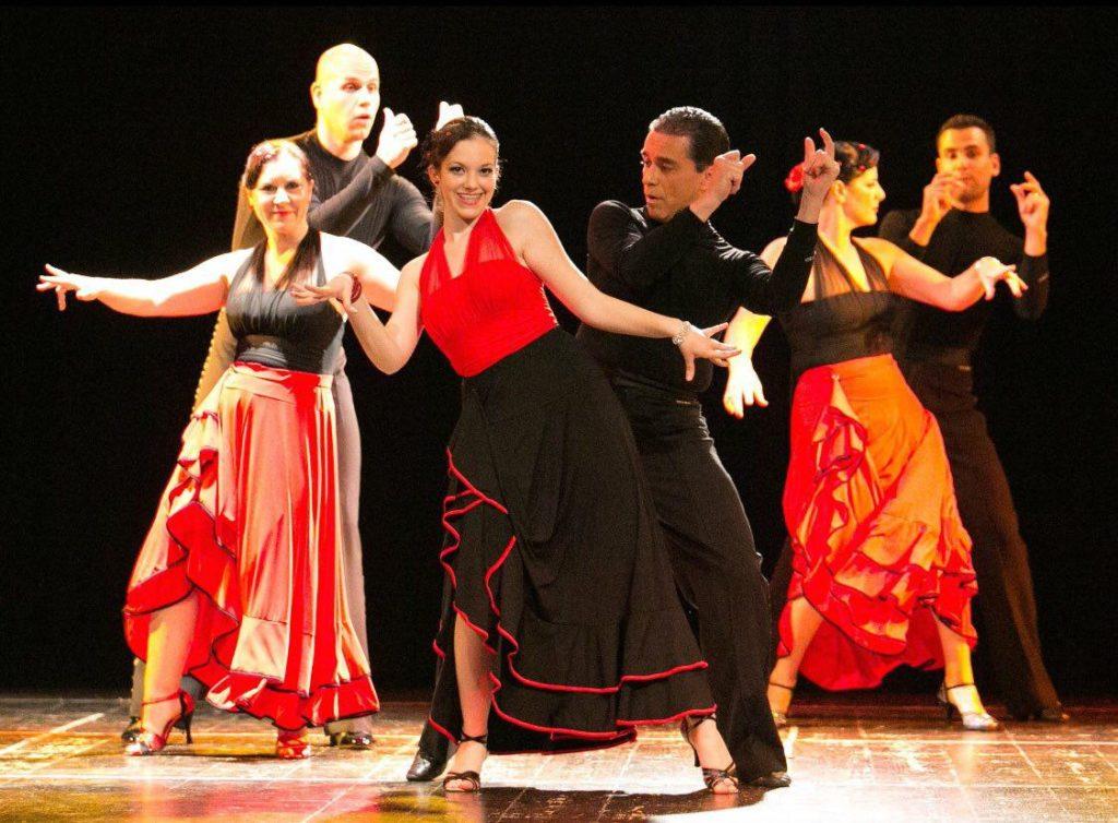 un Passo Avanti Danze Latino Americane